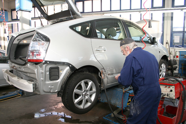 Schwerzmann Ag Automobile Der Marken Daihatsu Subaru